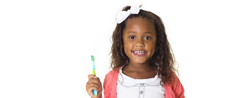 Unser Wissen für Ihre Zähne - Kinder beim Zahnarzt